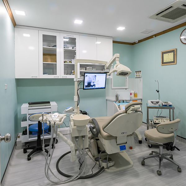 Phòng tiểu phẫu riêng biệt tại PHÒNG KHÁM CHUYÊN KHOA RĂNG HÀM MẶT DR.LEE